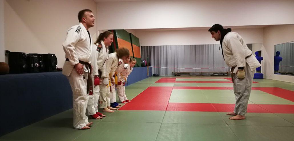 Fighting Ju-Jutsu